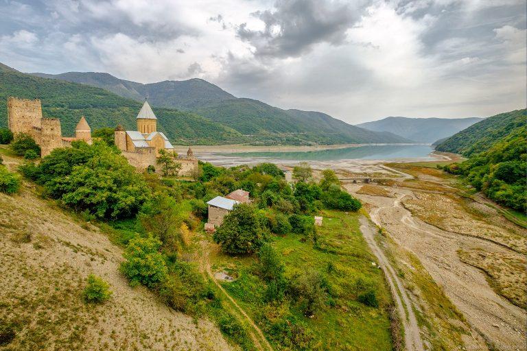 Туристический Саквояж - Путешествие в Грузию